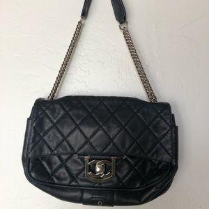 Navy blue quilted leather Chanel shoulder bag